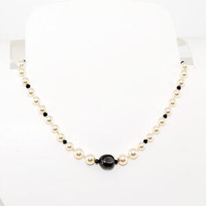 Collana girocollo con perle Swarovski, perla barocca Swarovski, cristalli e perline preciosa #collana #girocollo #perle #swarovski #cristalli #quisikrea #bigiotteria