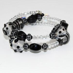 Bracciale a spirale con perle con disegni a rilievo in vetro lampwork, cipolline in cristallo boreale, perline lavorate in vetro, barilotti in onice, perle sfaccettate in onice
