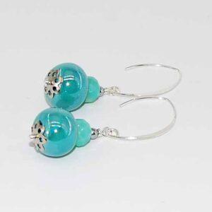 Orecchini con perle in ceramica iridescente, cipollotti in cristallo monachina in argento 925